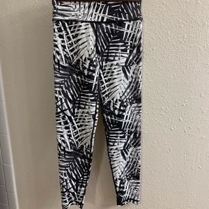 Aerie move high rise 7/8 leggings